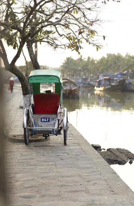 Vietnam2Rickshawbyriver