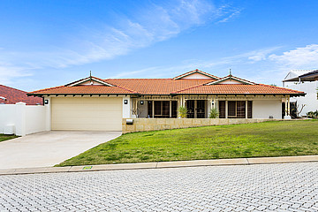 Property in COOGEE, 20 Hayward Parade