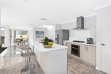 Property in BALDIVIS, 19 Norwood Avenue