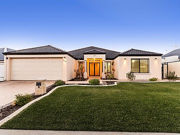 Property in SUCCESS, 364 Wentworth Parade (600m2 block)