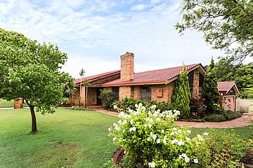 Property in KARDINYA, 2 Clifton Court
