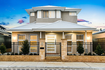Property in SPEARWOOD, 4 Ukich Crescent