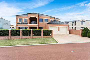 Property in COOLBELLUP, 12 Treeby Street