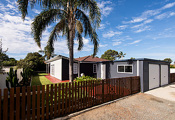 Property in HAMILTON HILL, 6 Stanyford Place