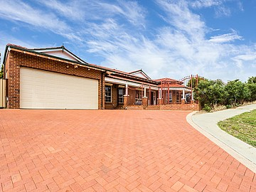 Property in SPEARWOOD, 14 Sunset Court