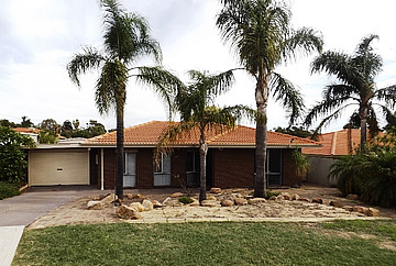 Property in SPEARWOOD, 17 Etherington Avenue