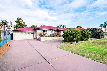 Property in HAMILTON HILL, 27 Blackwood Avenue
