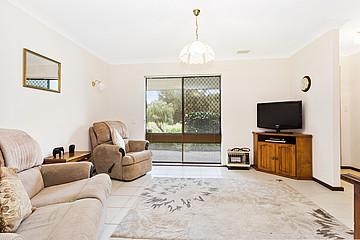 Property in KARDINYA, 35B Gillett Drive