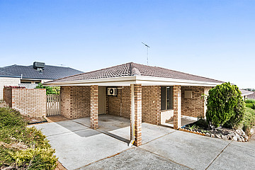 Property in SPEARWOOD, 1/289 Rockingham Road