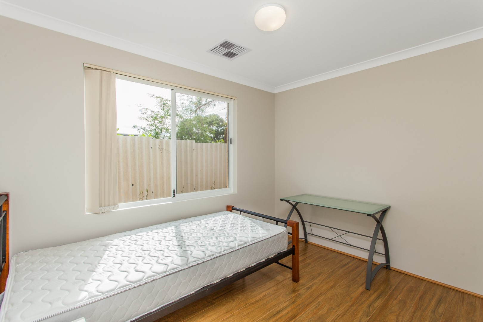 Room 6/21A Bersica Court