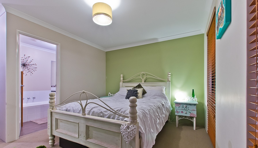 Property for sale in BAYSWATER, 24A Colwyn Road : Attree Real Estate