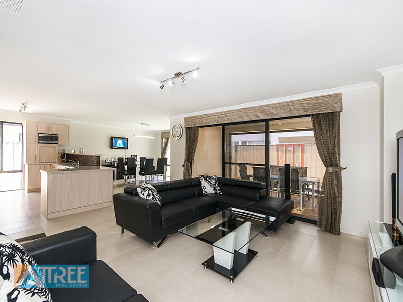 Property for sale in CANNING VALE, 17 Macmillan Boulevard : Attree Real Estate