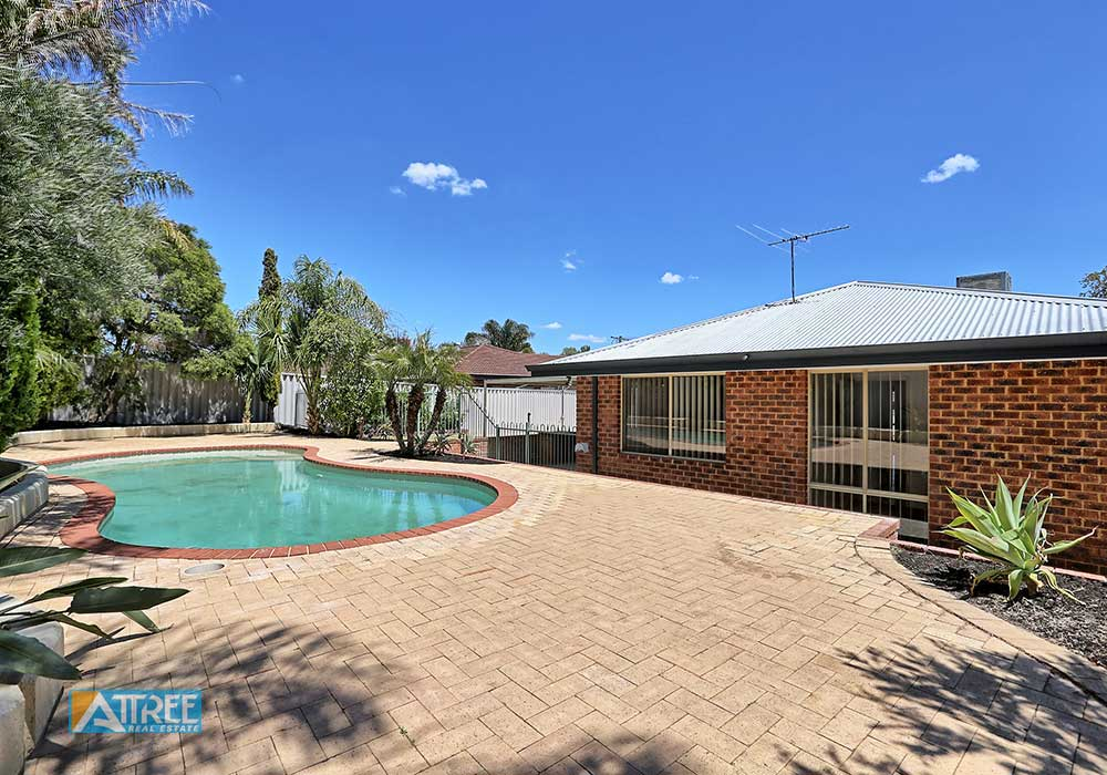Property for sale in HUNTINGDALE, 12 Goshawk Place : Attree Real Estate