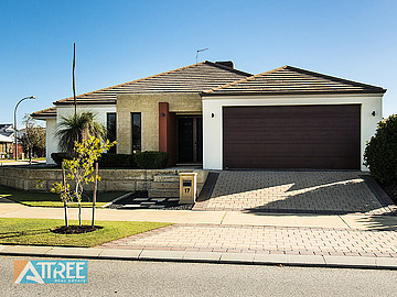 Property for sale in PIARA WATERS, 17 Hillhouse Way : Attree Real Estate