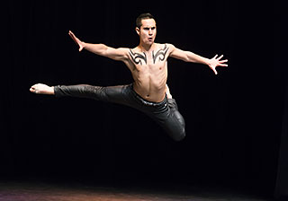 Male dancer sydney leap