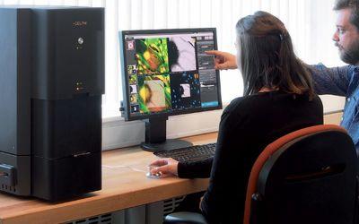 Phenom-World Delphi desktop fluorescence and electron microscope system