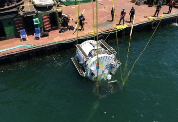 Microsoft submerges data centre in ocean