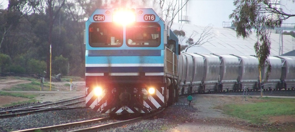 Comms consoles keep rail network on track