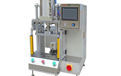 LPMS Beta 300 low-pressure moulding machine