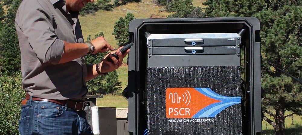 Rolling wireless net improves emergency comms