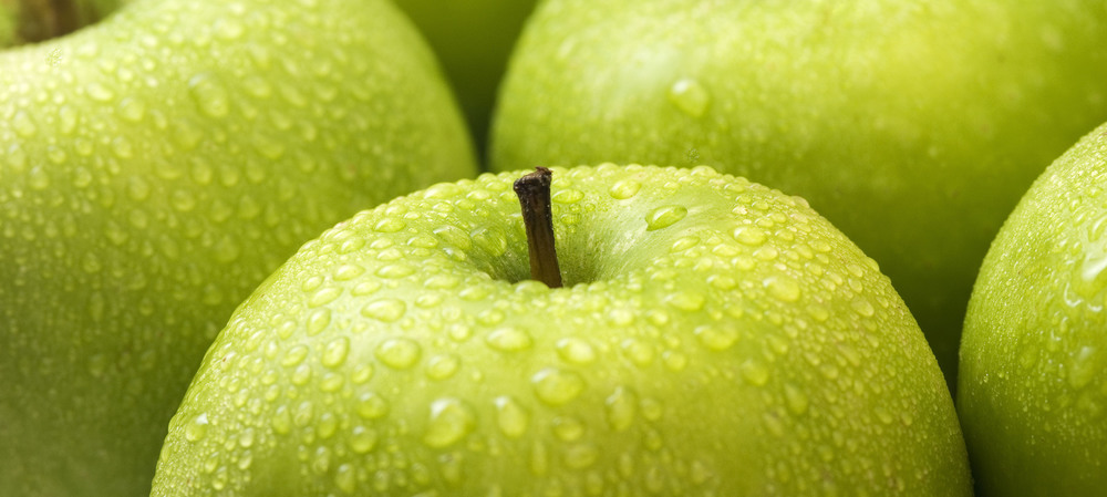 A potent antioxidant from apples and water