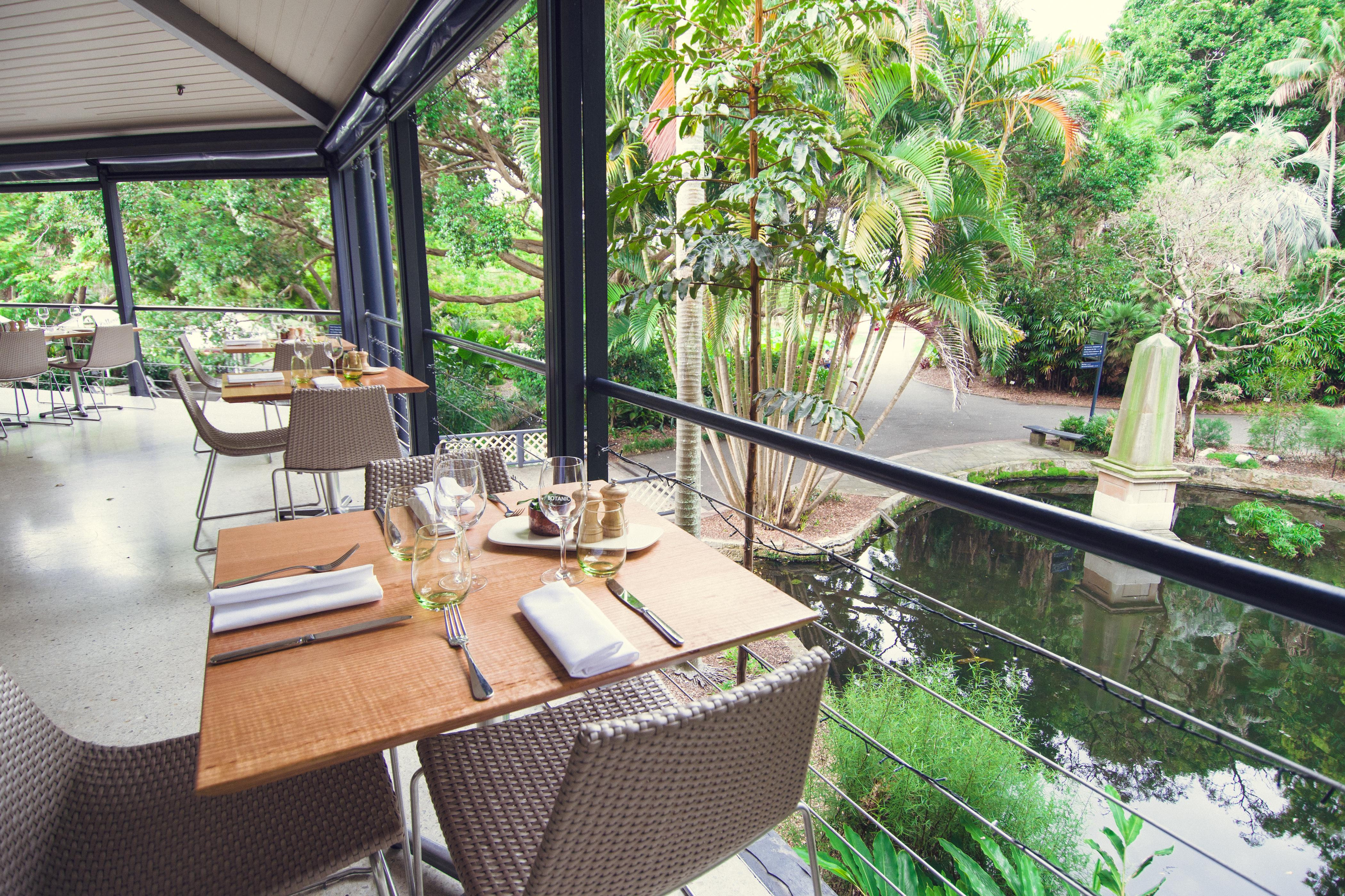 Event advisers for Au jardin restaurant botanic gardens