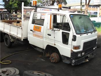 National Truck Spares - Wrecking Daihatsu Delta V119 14B Engine and