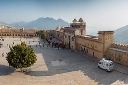 Jaipur, India nv0a7742_3_4_5_6_7_8_9_50_1_2_3_4_5