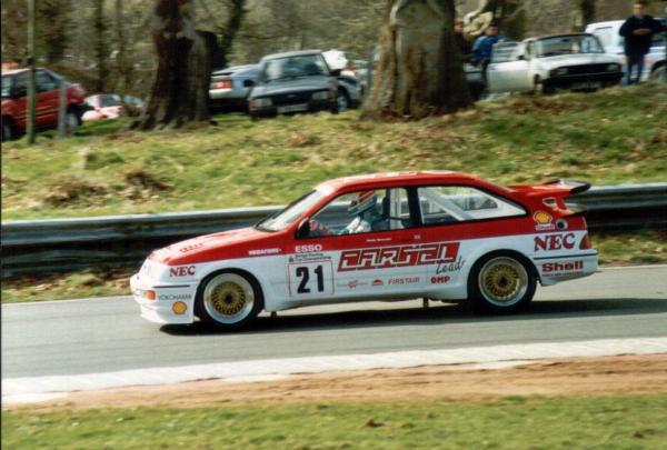 Gravett, Oulton Park, 1989