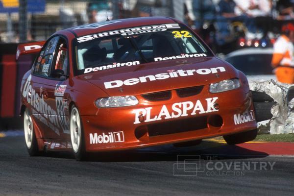 Mezera, Adelaide 2000