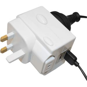 Jackson Universal Multi-Voltage USB Travel Adaptor