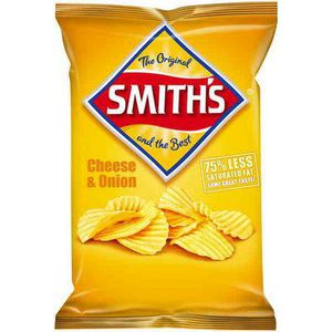 Smiths Crinkle Cut Chips 170g Cheese and Onion