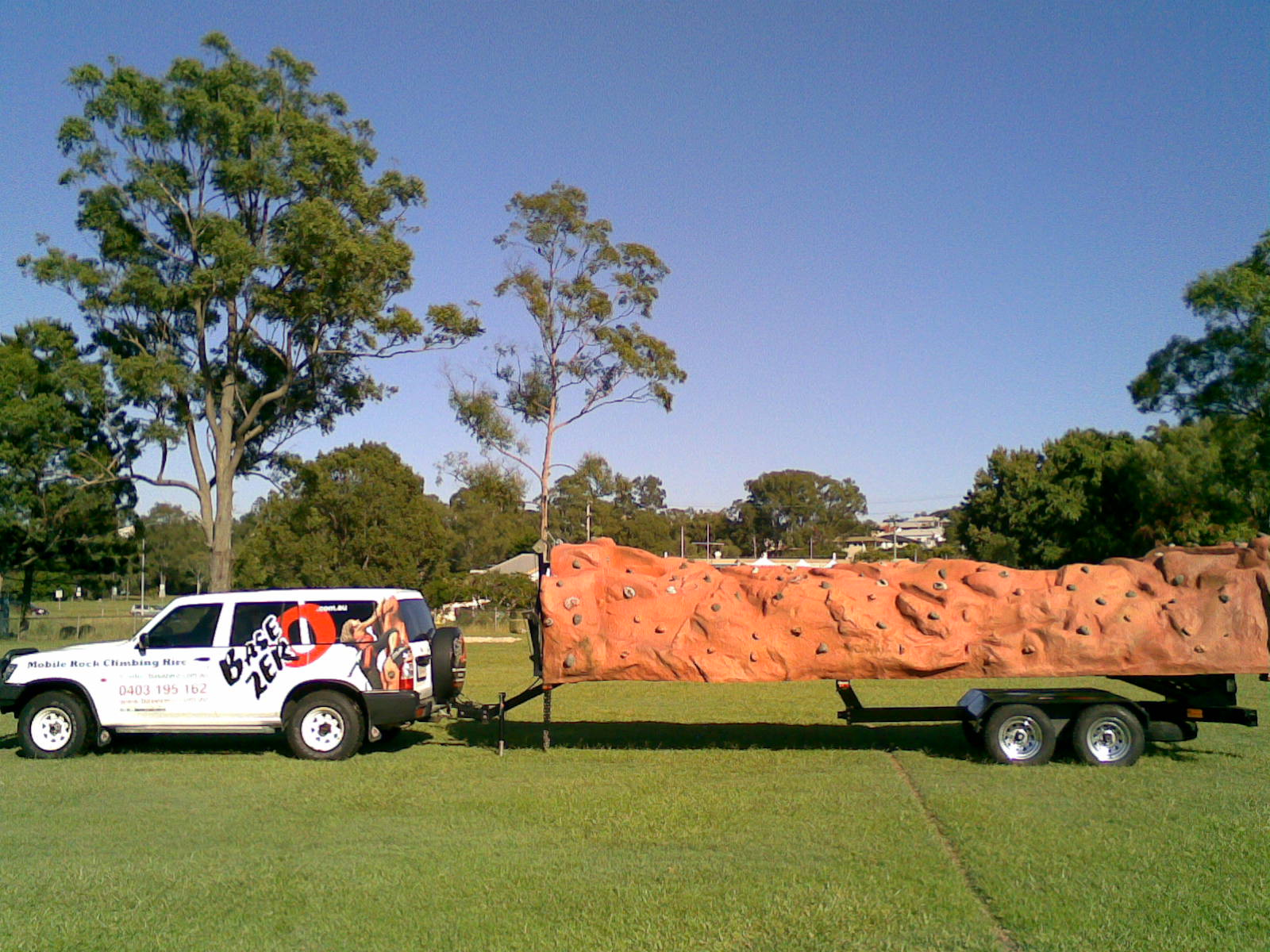 rock climbing wall getting towed with 4wd