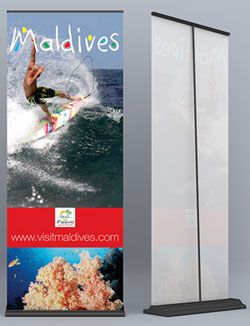 Exhibition Stands & Display Stands - Deluxe Pull Up  / Roll Up Banners