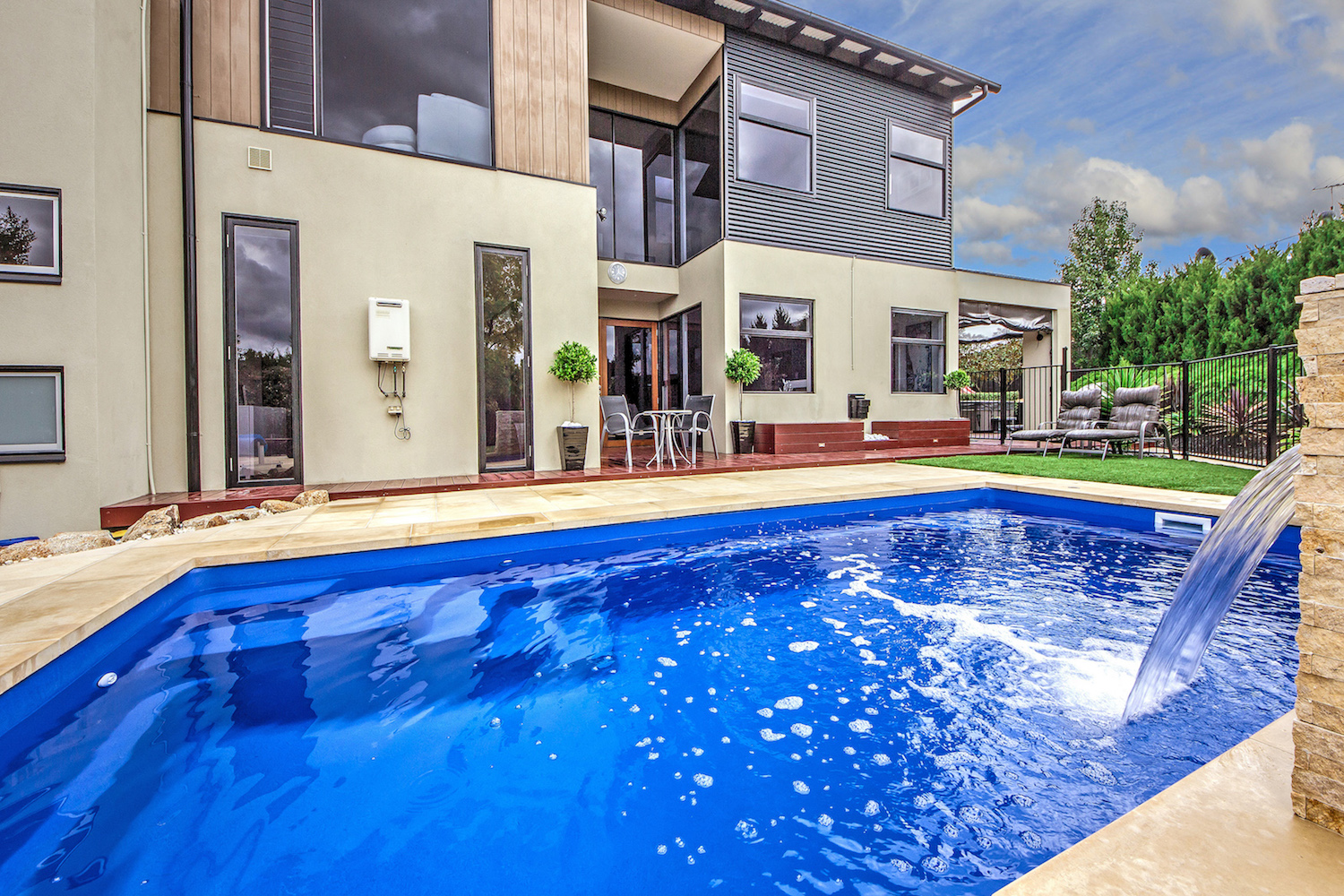 Rainwise Pools Melbourne - Get Your Pool Summer Ready Pool Tips & Info