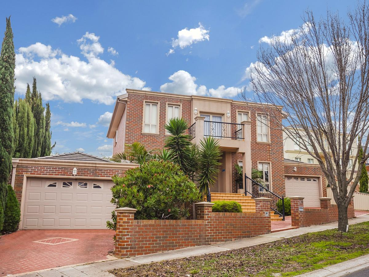 Grandeur;20 Hunter Avenue, Roxburgh Park