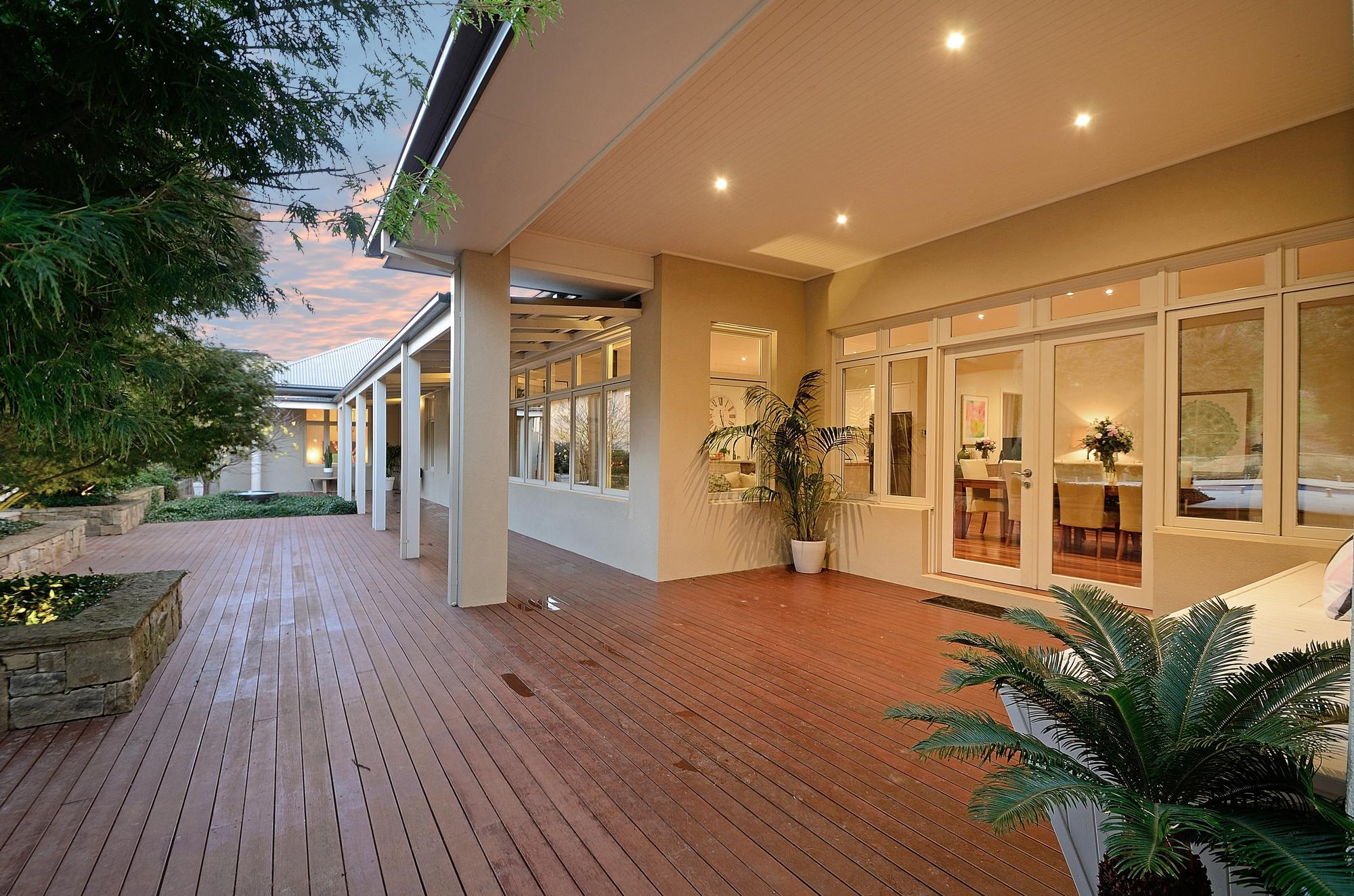 10 Connassidy Close terrace
