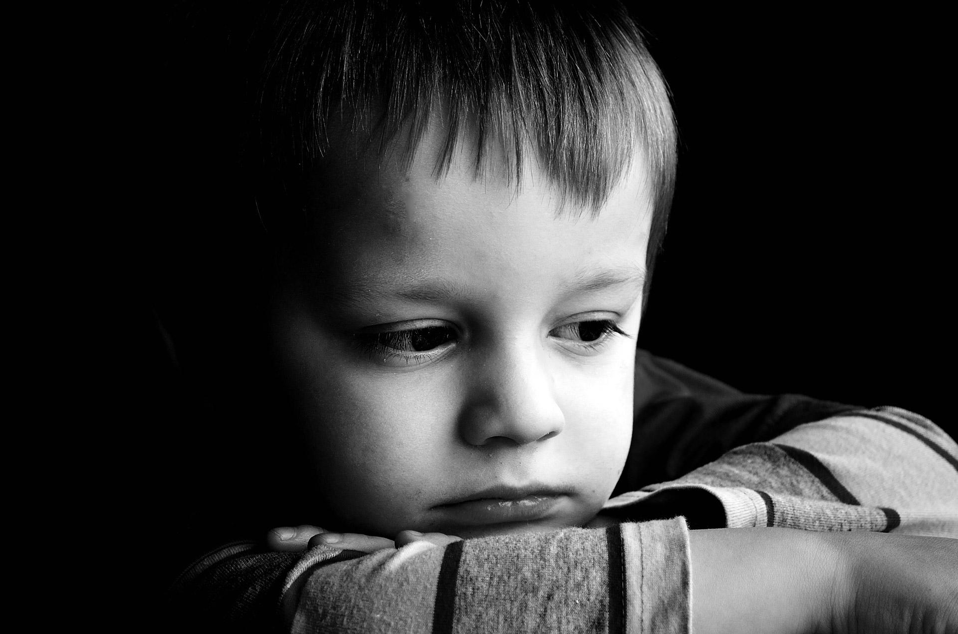 sad child portrait 2ser