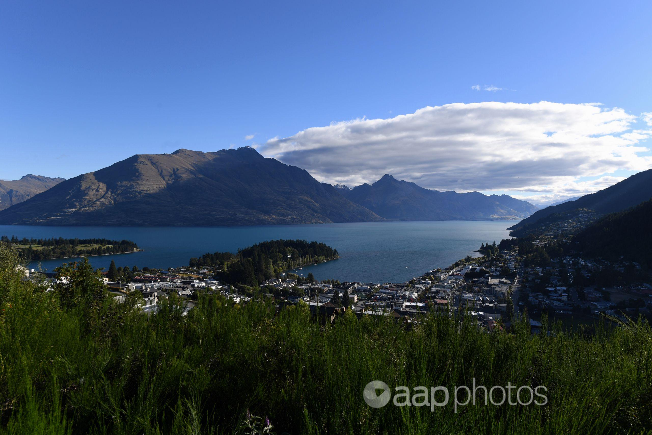Overview of Lake Wakatipu and the city centre of Queenstown, NZ.