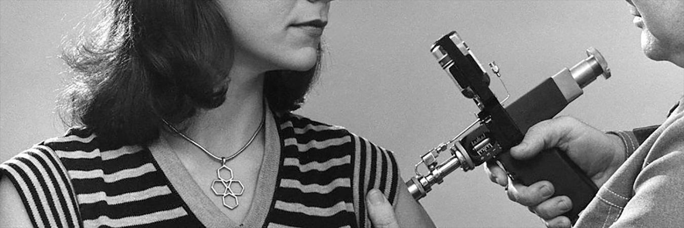 Drug injector gun