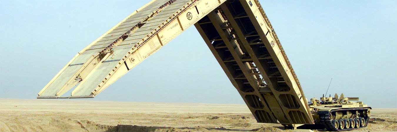 Bridging tank