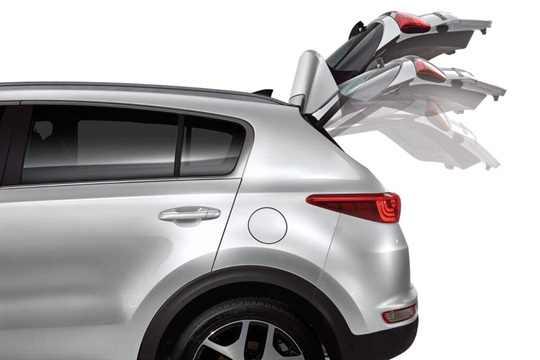 hands-free-smart-power-tailgate.jpg