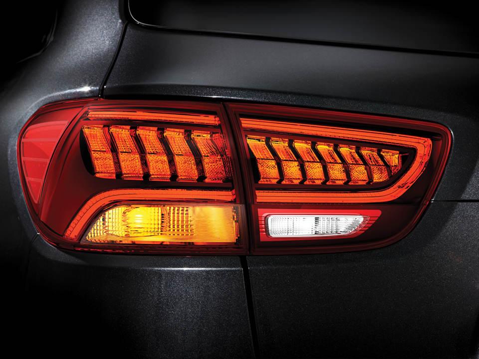 kia-new-sorento-design-led-rear-lights.jpg