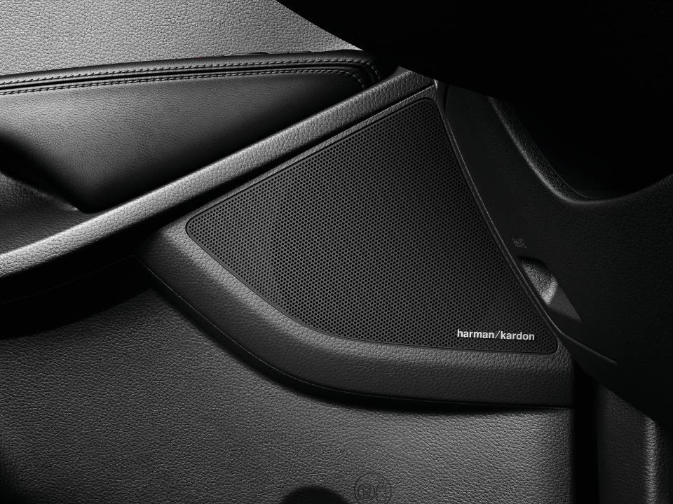 kia-new-sorento-interior-harman-kardon-speakers.jpg