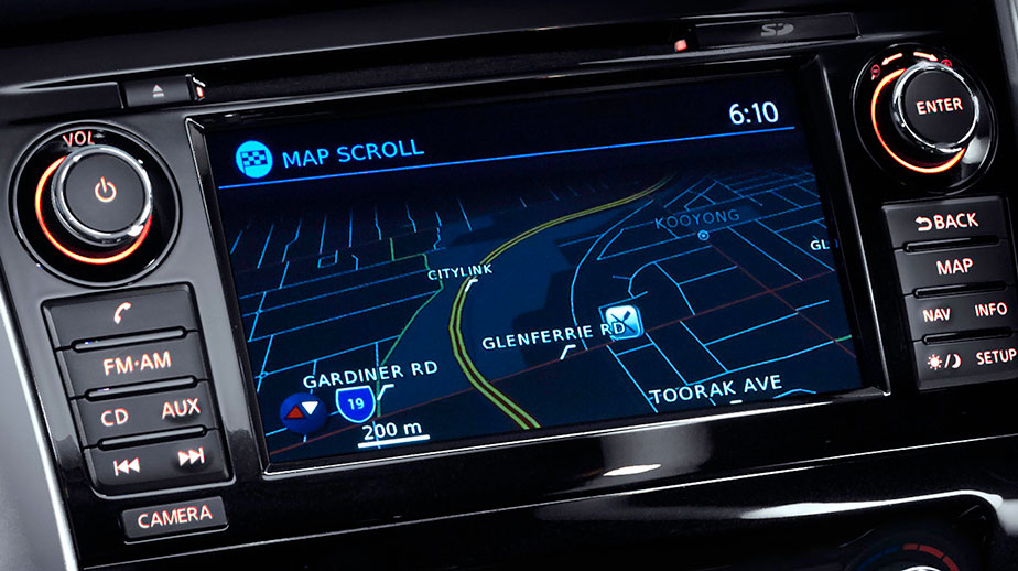 """7"""" touch screen with satellite navigation"""