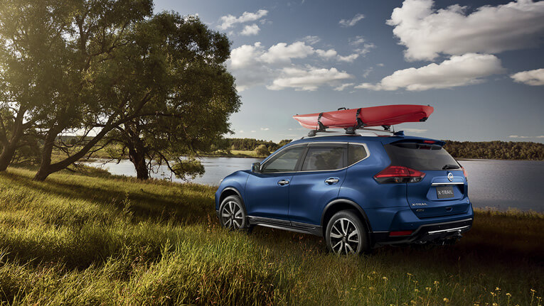 X-TRAIL shown in Marine Blue  Ti model shown with optional accessories.