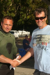 Dino accepting his Beuchat Reversible Spearfishing Wetsuit prize.
