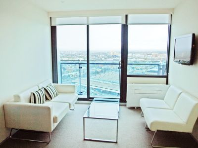 CityTempo FULLY FURNISHED, 181 A'Beckett St: Simply Stunning!