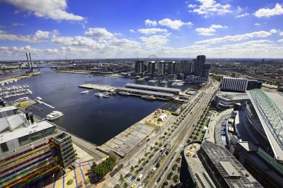 Victoria Point 1 - Stunning Docklands Apartment!