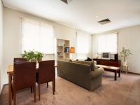 15/114 Hardware St - FULLY FURNISHED: Close To Everything!